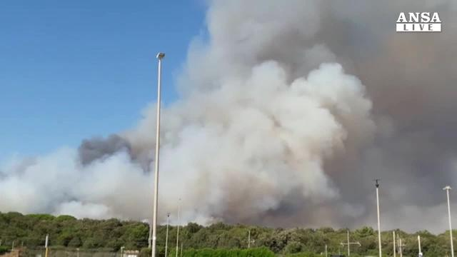 Emergenza incendi, un morto